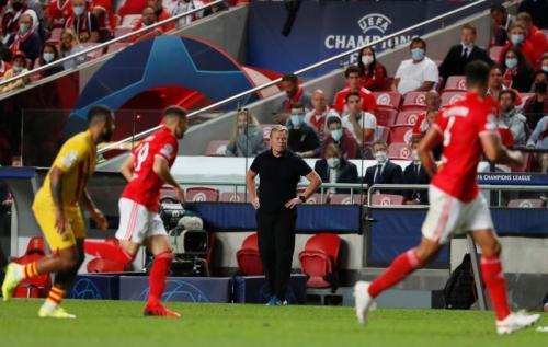 Laga Benfica vs Barcelona di Liga Champions 2021-2022. Foto: Reuters