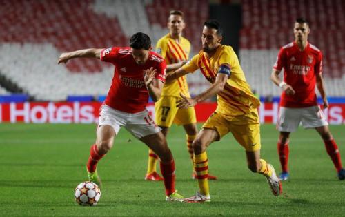Benfica vs Barcelona (Foto: Reuters)