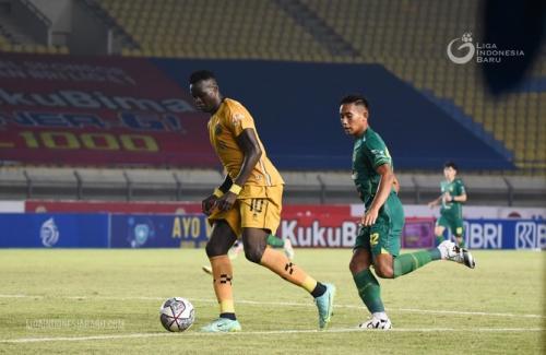 Ezechiel NDouassel (Foto: Liga Indonesia Baru)