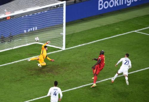 Laga Timnas Belgia vs Timnas Prancis di semifinal UEFA Nations League. Foto: Reuters