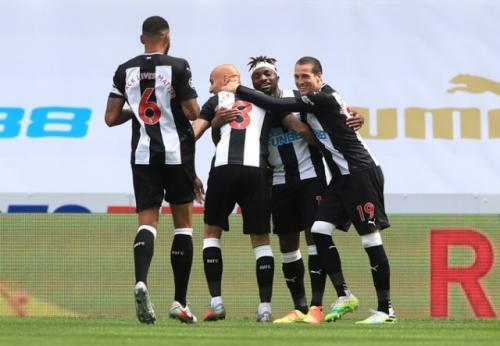 Newcastle United diakuisisi Pangeran Arab Saudi