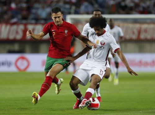 Diogo Dalot vs Qatar (Foto: Reuters)