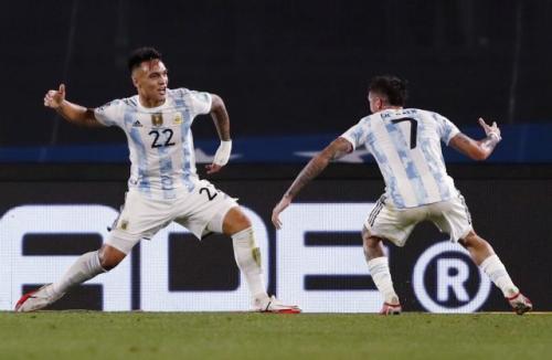 Laga Timnas Argentina vs Timnas Uruguay di Kualifikasi Piala Dunia 2022. Foto: Reuters