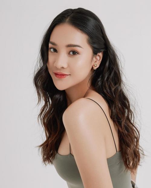 Model Rambut Anya Geraldine