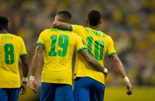 Neymar dan Rapinha cetak gol untuk Brasil