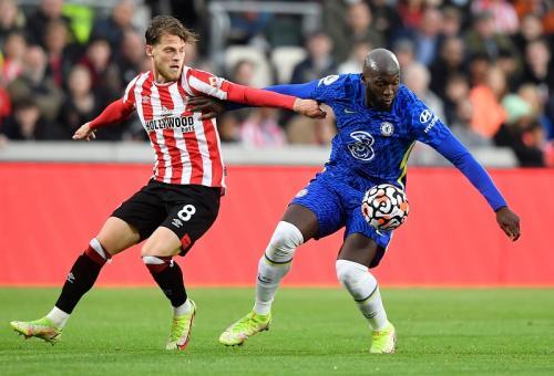 Gol Ben Chilwell Bawa Chelsea Unggul 1-0 atas Brentford di Babak Pertama